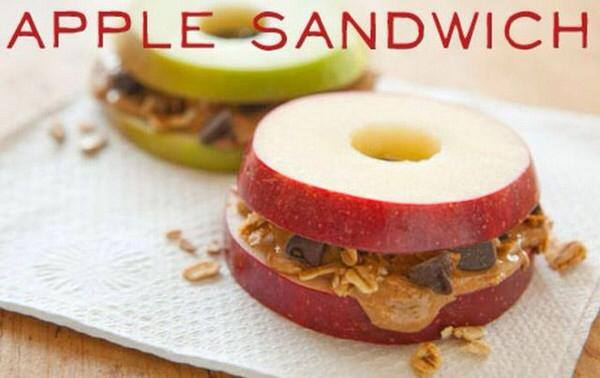 Make Apple Sandwiches With Your Favorite Toppings