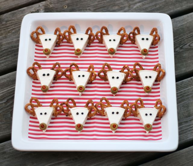 little cheese reindeers with pretzels and green olives