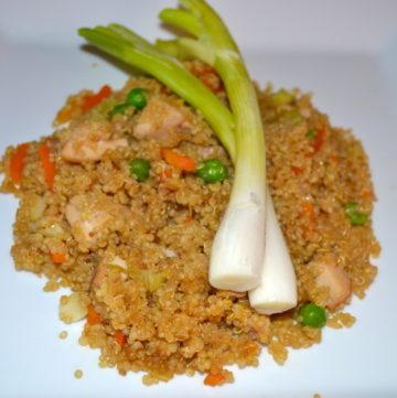 Chaufa de Quinoa con Pollo