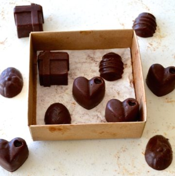 Mind-Blowing 3 Ingredient DIY Chocolate