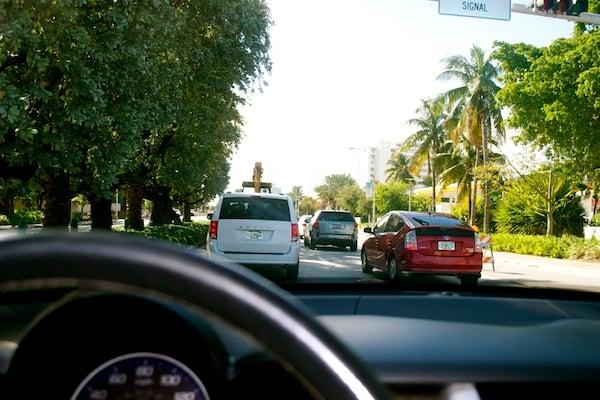 una-famlia-ocupada-debe-tener-un-carro-seguro