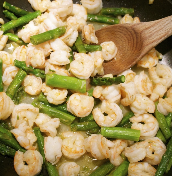 sautéed-shrimp-with-asparagus
