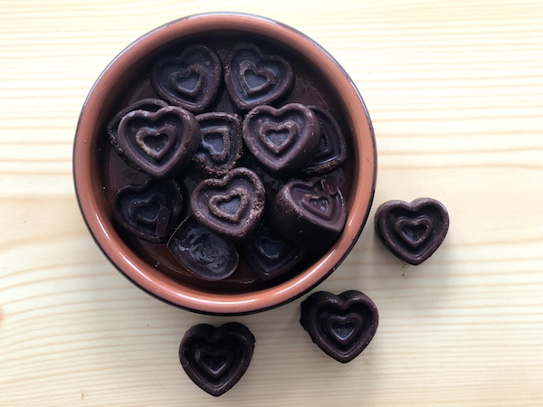 dark chocolate raspberry hearts