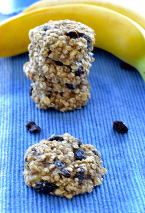 Amazing 3 Ingredient Banana Oat Cookies