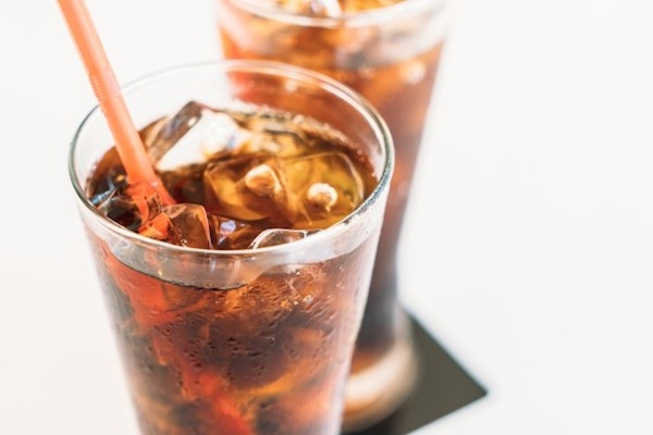 5 powerful reasons to quit drinking diet sodas now