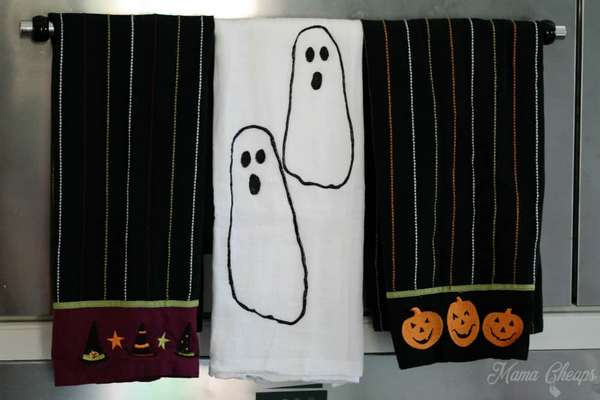 Footprint Ghost Towels