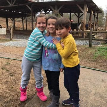 You grow up with them, you always want to hang out with them, you love them like the family they are. Cousins mark a special place in life! Find out why!