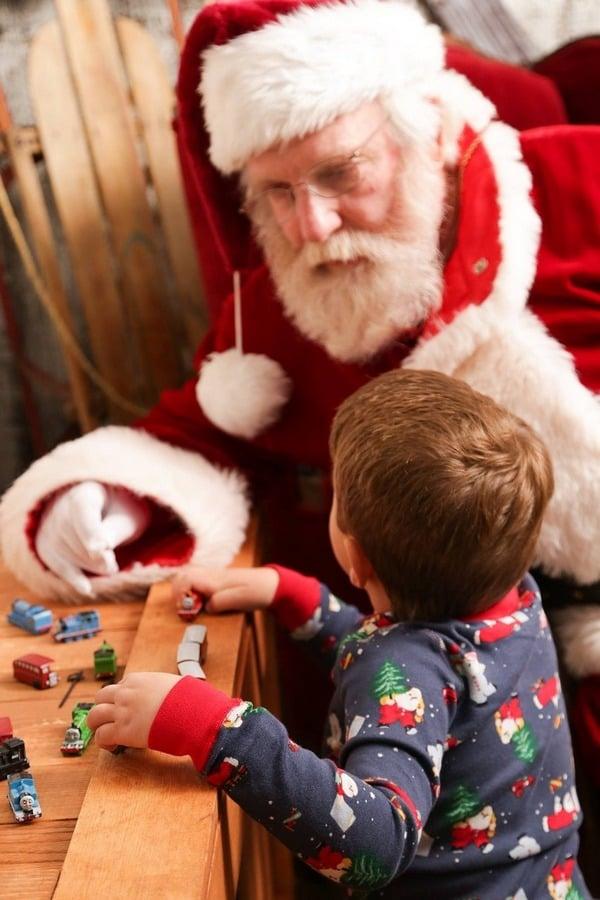 kid believing in santa
