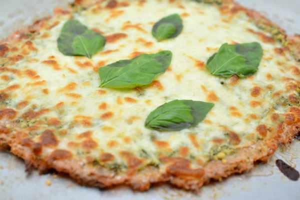 Keto-Chicken-Crust-Pizza