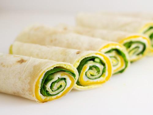 Easy-Breakfast-Roll-Upp